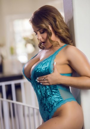 Huge Tits In Lingerie Pics