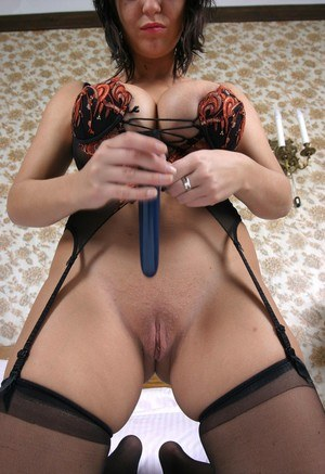 Huge Tits Shaved Pussy Pics